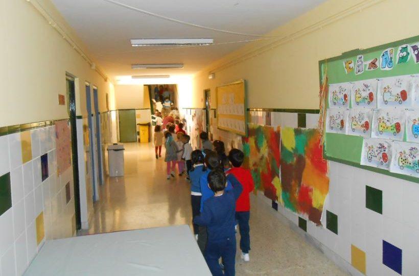 Duplicadas las horas de limpieza matinal en todo los colegios públicos de San Fernando