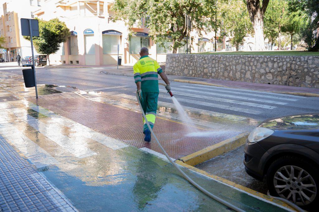 El nuevo servicio de limpieza de las barriadas ya ha recorrido toda la ciudad