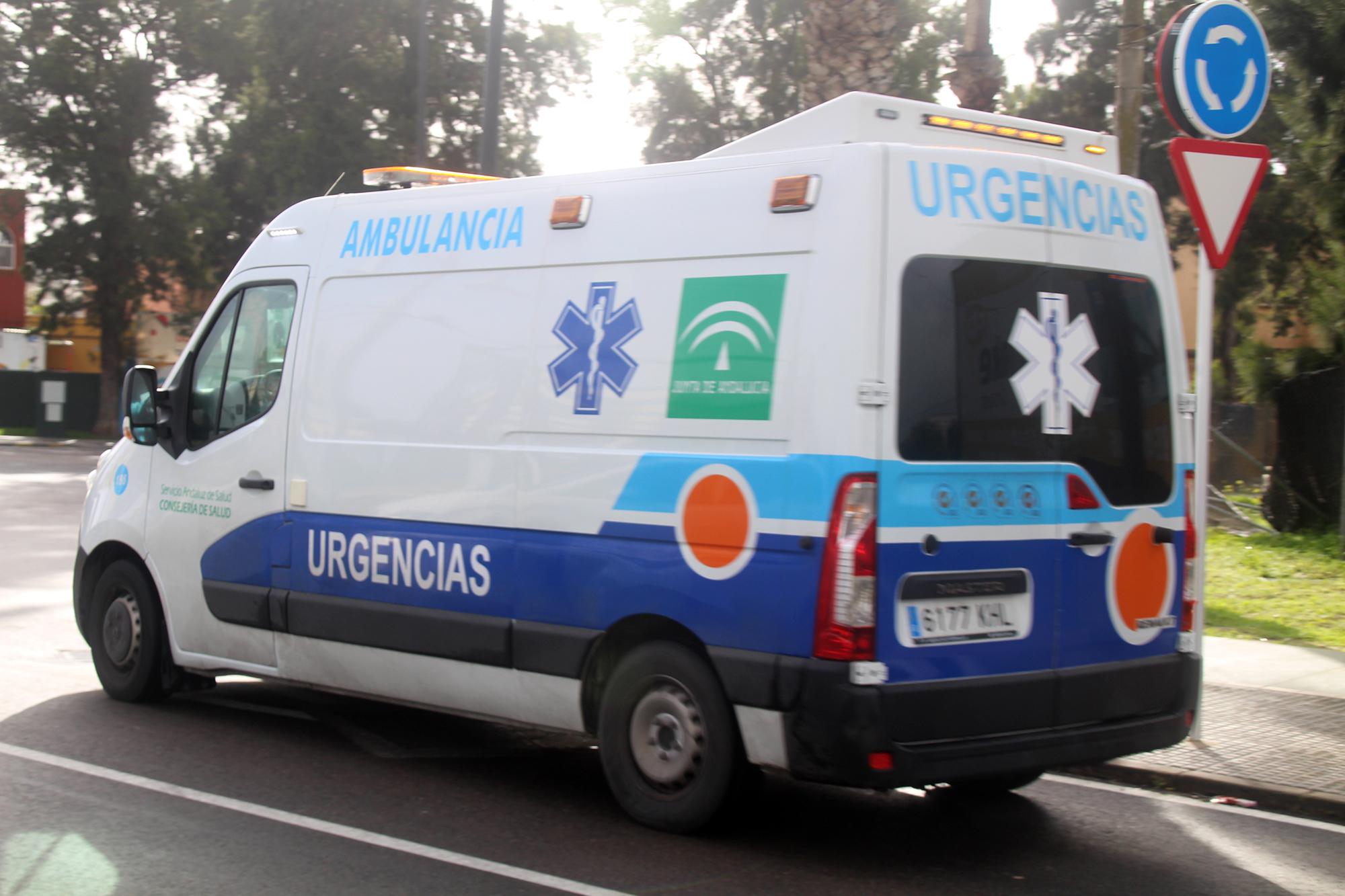 La ambulancia UVI móvil se quedará un mes más en la ciudad