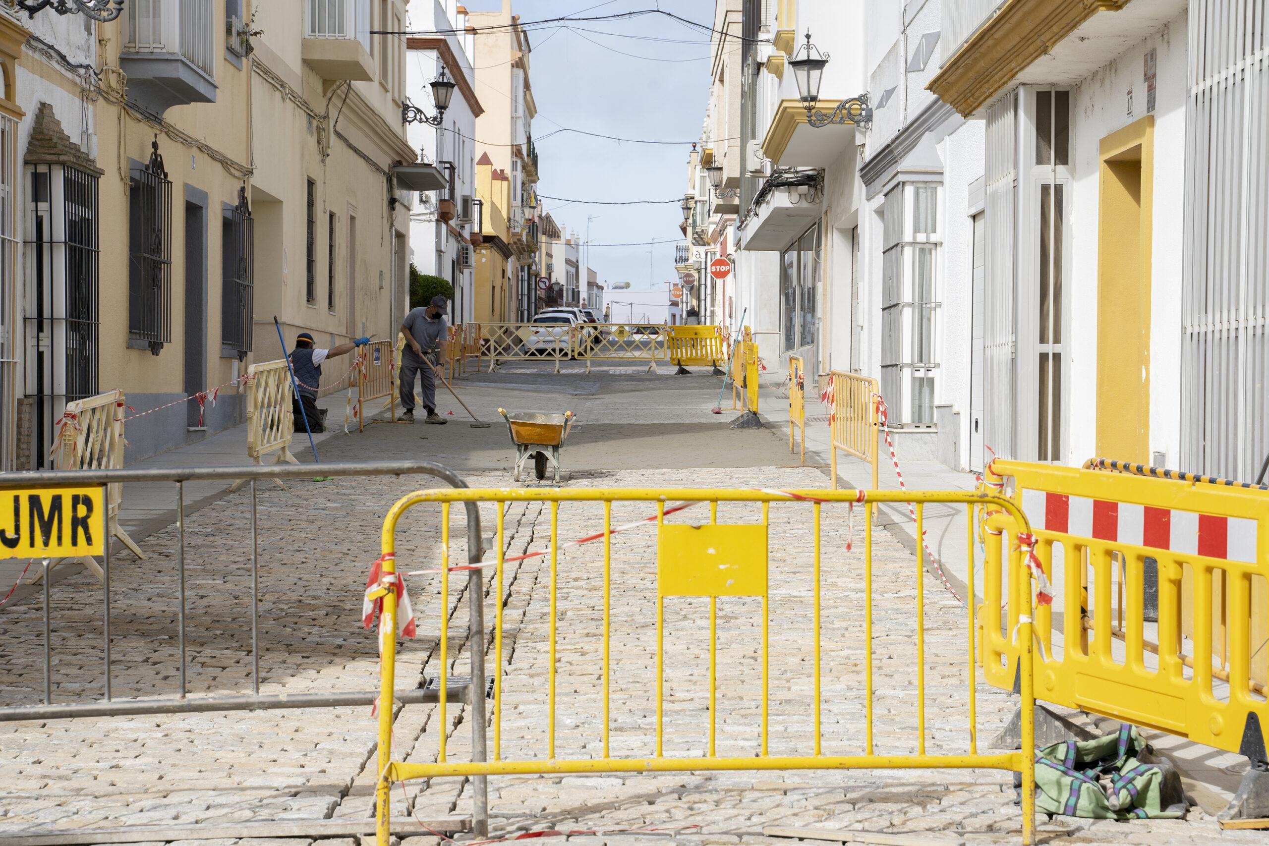 Continúan las obras de mejoras en la calle Viriato