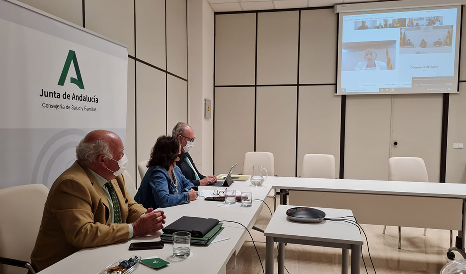 Andalucía vacunará con la segunda dosis de AstraZeneca a menores de 60 años de forma voluntaria