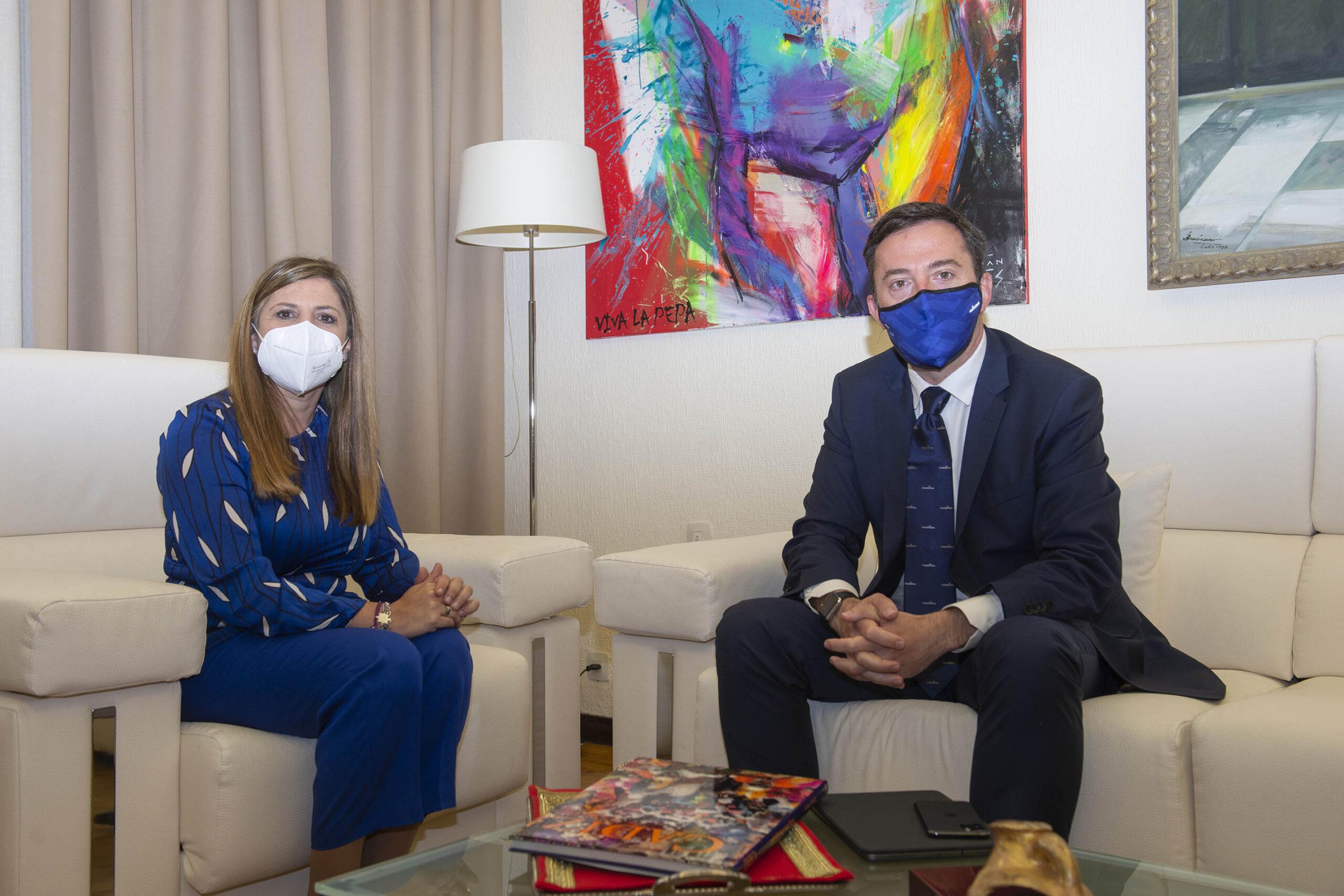 Irene García acuerda con el presidente de Navantia un próximo encuentro con los agentes económicos y sociales de la provincia
