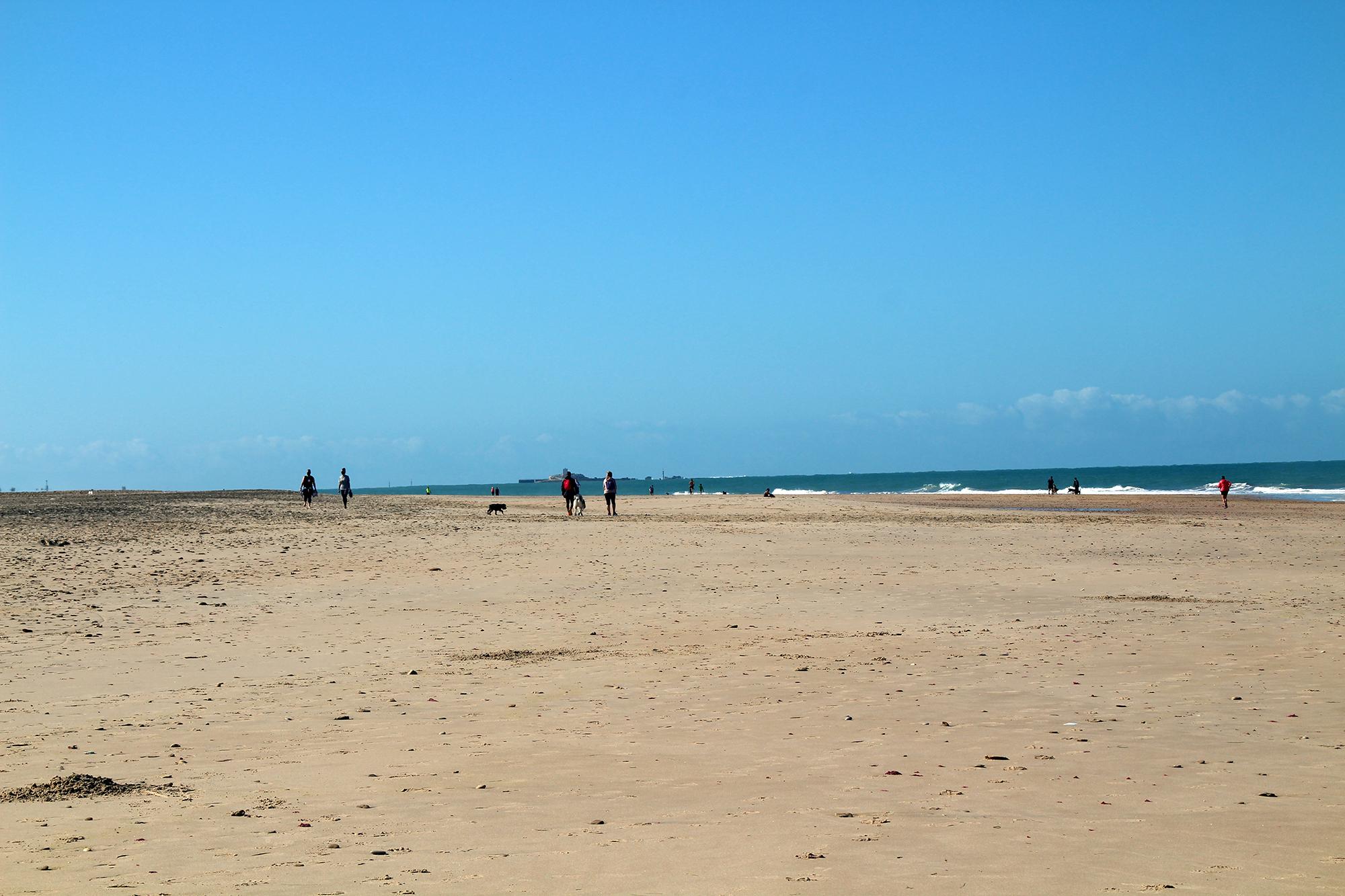 La playa de Camposoto obtiene una Bandera Azul