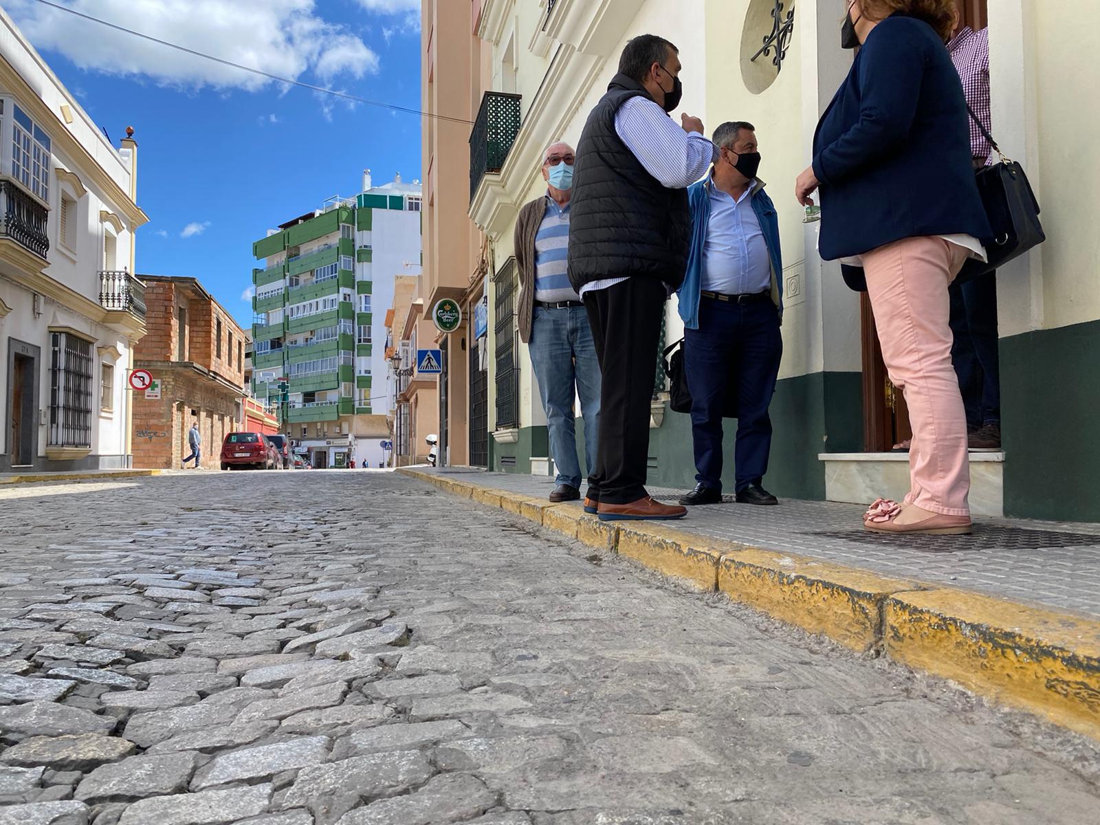 El PP reclama el reurbanizado de Ruiz Marcet ante el peligro de hundimiento
