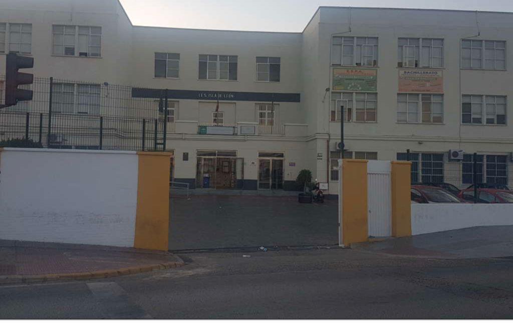 El alumnado de FPB de la Escuela San José mantiene su escolarización en el IES Isla de León